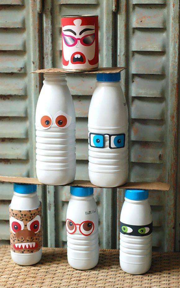 une id e originale de chamboule tout avec des bouteilles de lait des id es. Black Bedroom Furniture Sets. Home Design Ideas