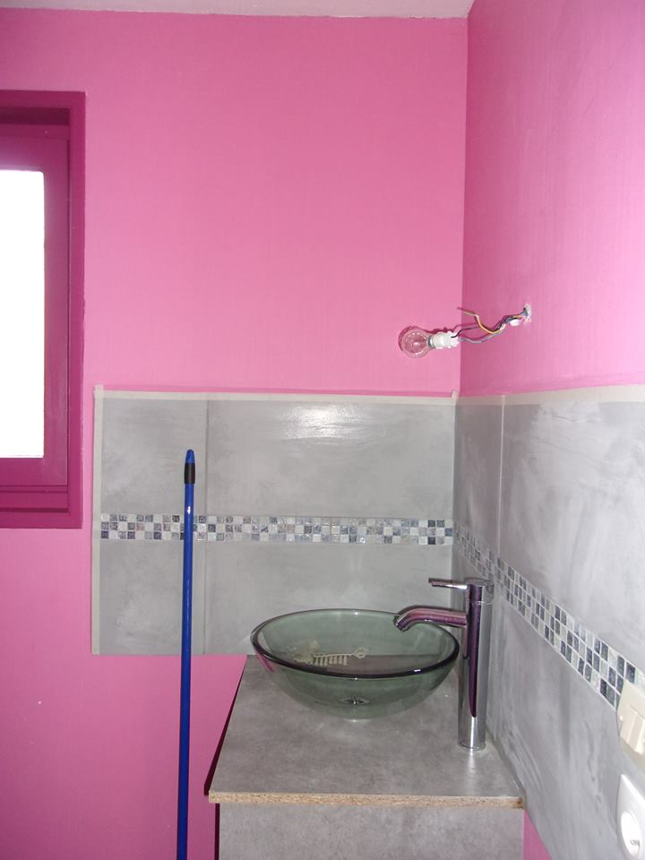 avant apr s transformation d 39 une vieille salle de bain des id es. Black Bedroom Furniture Sets. Home Design Ideas