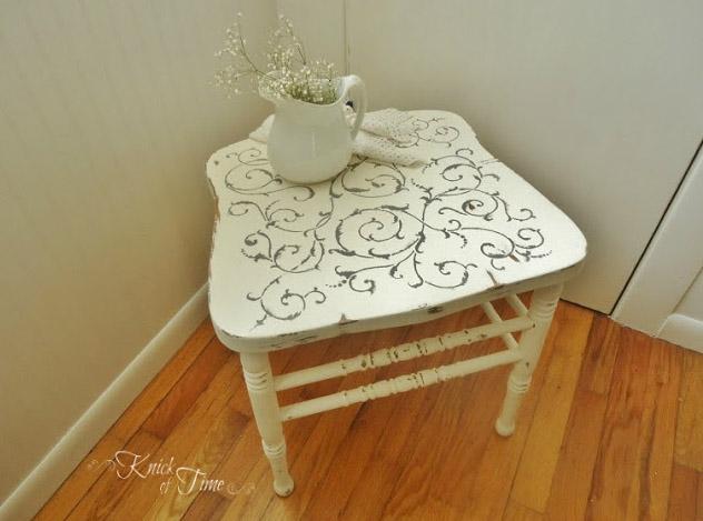 10 id es d co pour recycler vos chaises cass es des id es. Black Bedroom Furniture Sets. Home Design Ideas