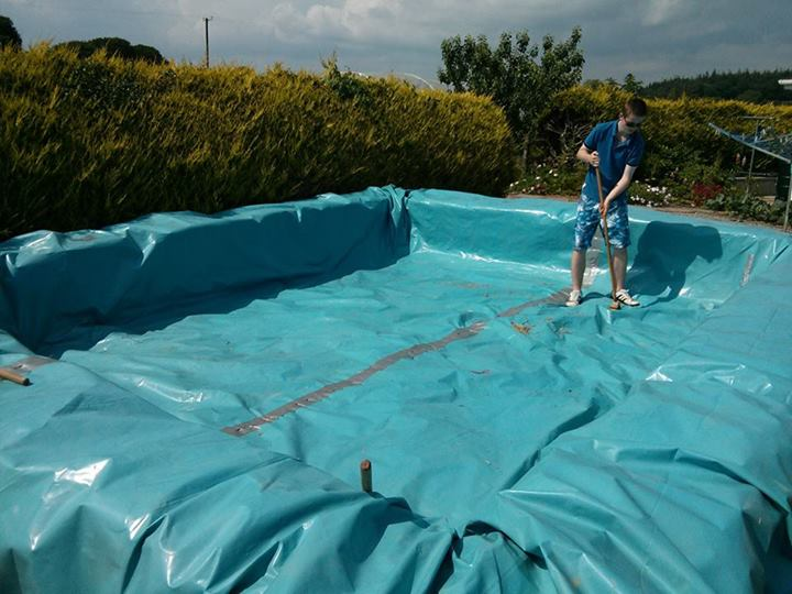 Create A Cheap Swimming Pool With Straw Bales Creatistic