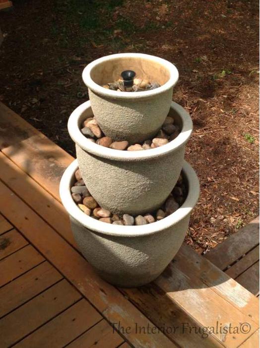 15 id es de jardins d 39 eau et fontaines faire vous m me for Construire une fontaine de jardin