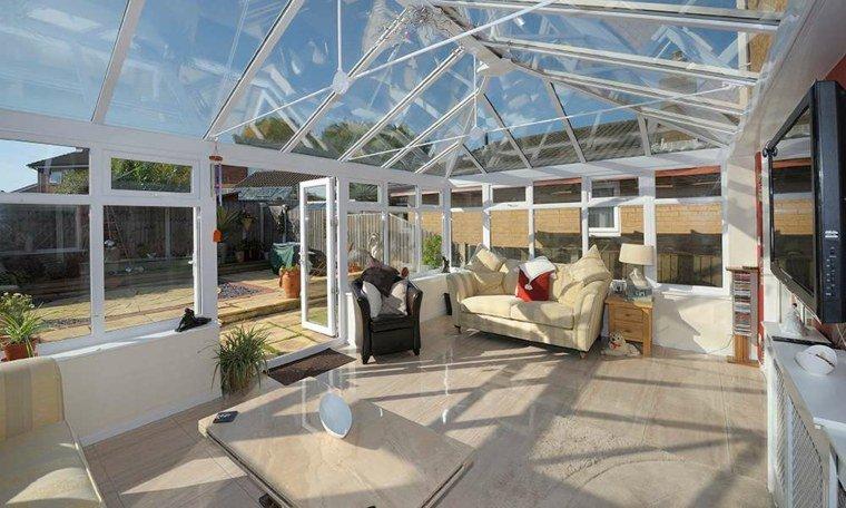 vaste-veranda-ensoleillee