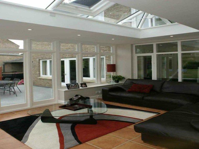 veranda-amenagee-mobilier-cuir
