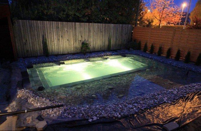 d couvrez comment cet homme s 39 est fabriqu sa propre piscine moindre co t. Black Bedroom Furniture Sets. Home Design Ideas