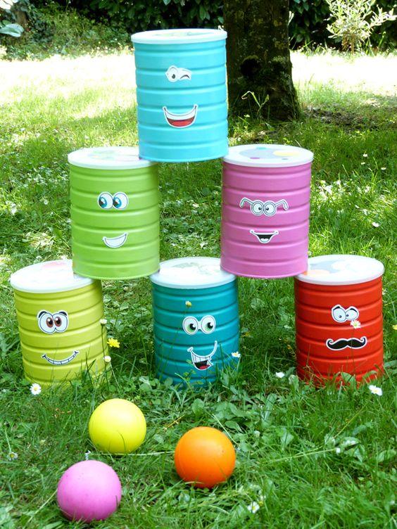 10 activit s possibles pour les enfants avec des bo tes de - Cuisiner avec des boites de conserves ...