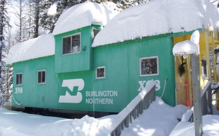 Ils ont transform des wagons abandonn s en habitation 2 r novations sublime - Conteneur transforme en habitation ...