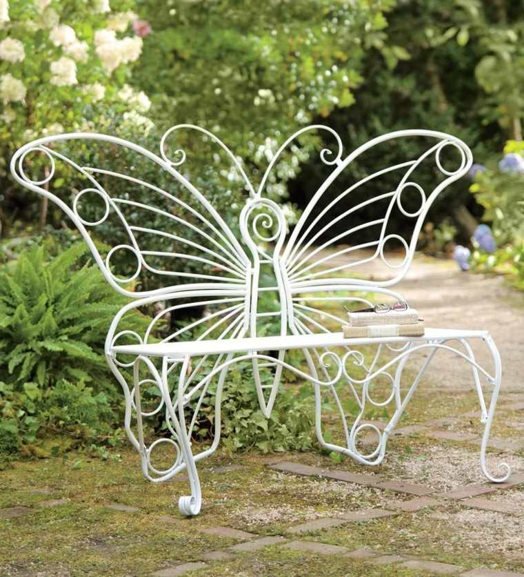 22 idées récup\' pour réaliser le plus beau des jardins !