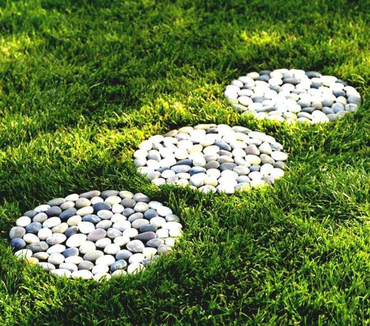 allee-de-jardin-diy-pierres