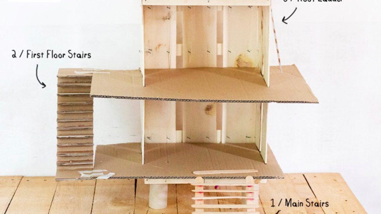 Elle Cree Une Magnifique Maison De Poupee Ecolo Avec Du