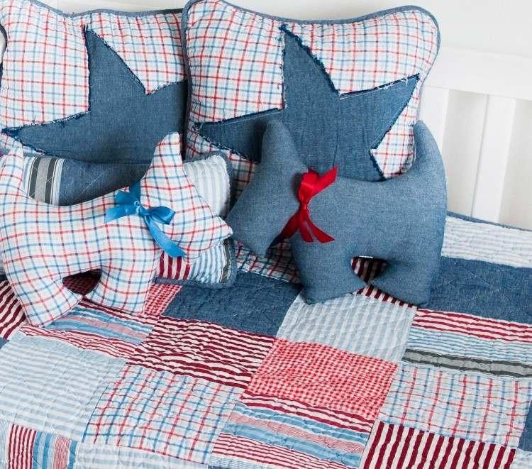 objet-deco-jeans-recycle-coussins-etoiles-chien-couverture