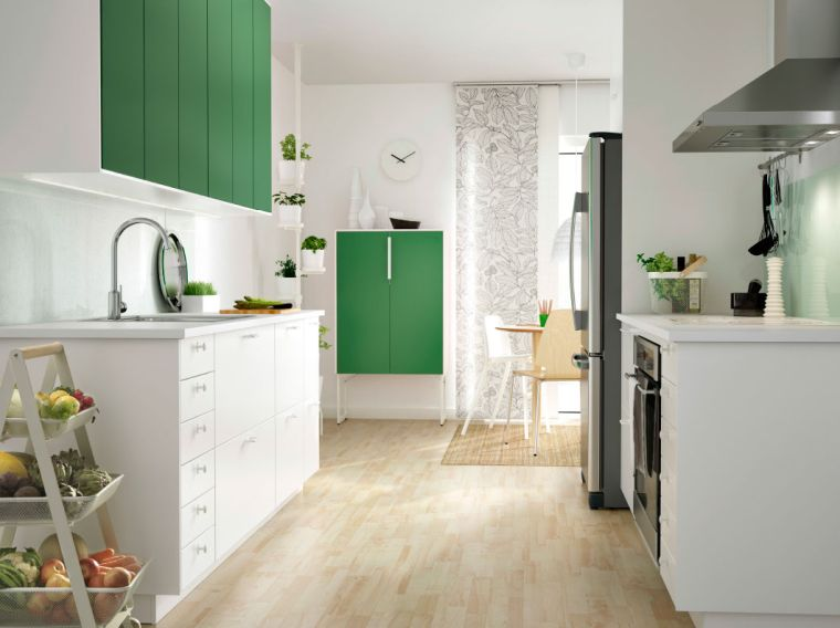 photo-cuisine-ikea-couleur-blanche-placard-vert