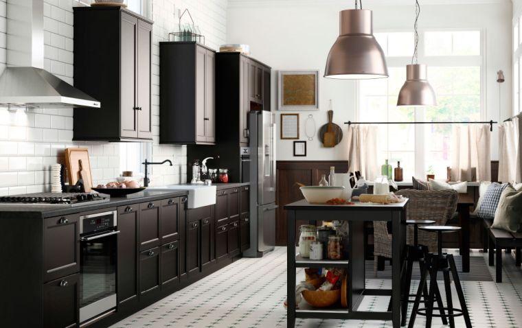 photo-cuisine-ikea-couleur-noire-meubles-scandinaves