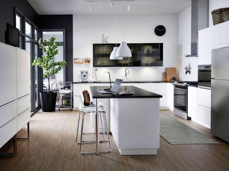 photo-cuisine-ikea-noir-et-blanc-ilot-design