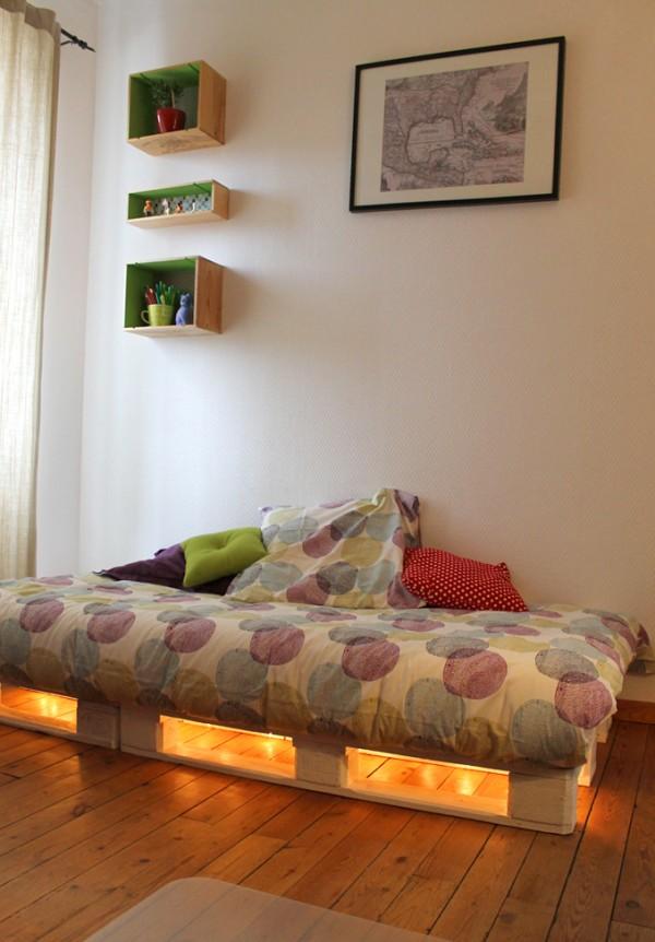 30 id es de lits en palette pour votre chambre page 2 sur 3 des id es. Black Bedroom Furniture Sets. Home Design Ideas