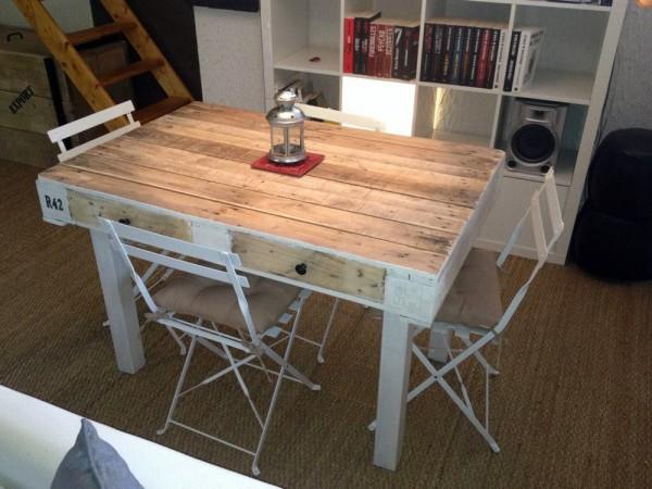 44 id es de table en palette pour votre maison des id es for Idee table de jardin en palette