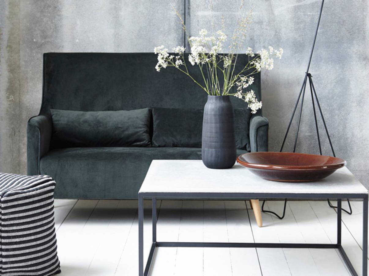 30 petits canap s pour les petits espaces des id es. Black Bedroom Furniture Sets. Home Design Ideas