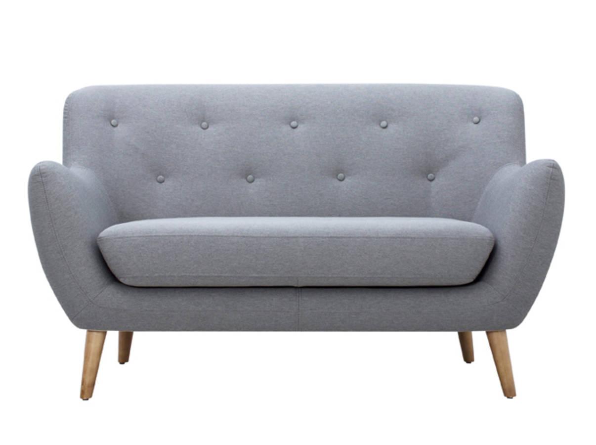 30 petits canap s pour les petits espaces. Black Bedroom Furniture Sets. Home Design Ideas
