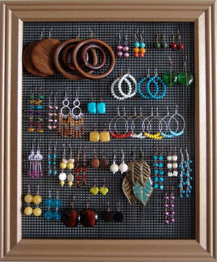46 id es originales pour fabriquer un porte bijoux page 4 sur 5. Black Bedroom Furniture Sets. Home Design Ideas