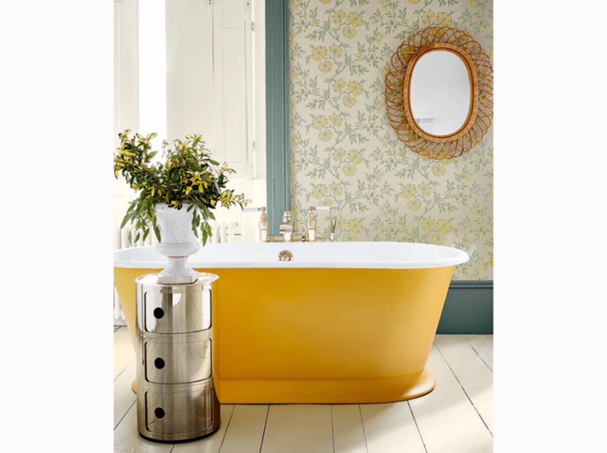 50 salles de bains pleines de charme et de romantisme for Salle bain retro