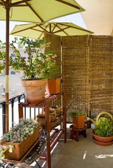 10 d corations de balcon pour vous prot ger du vis vis page 2 sur 2 des id es. Black Bedroom Furniture Sets. Home Design Ideas