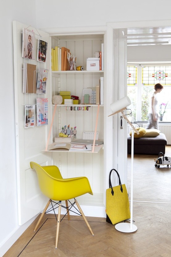 11 fa ons d 39 am nager un petit bureau chez vous des id es. Black Bedroom Furniture Sets. Home Design Ideas