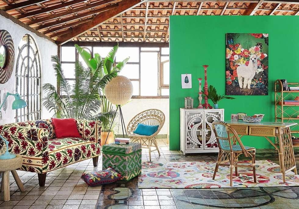 10 id es de d co fleurie pour votre salon des id es. Black Bedroom Furniture Sets. Home Design Ideas