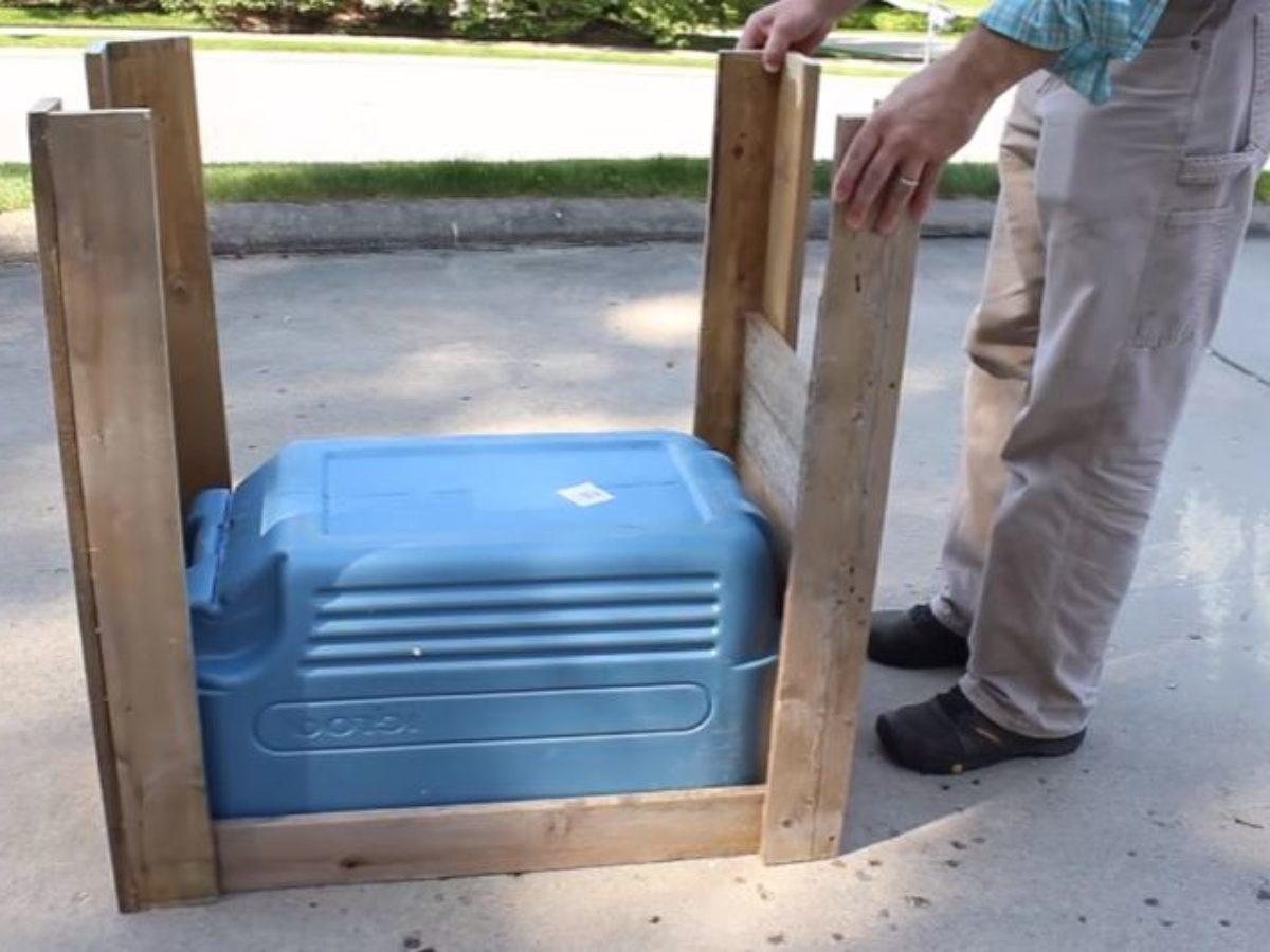 Fabriquer Meuble Salle De Bain En Palette avec une vieille glacière et des palettes en bois, fabriquez