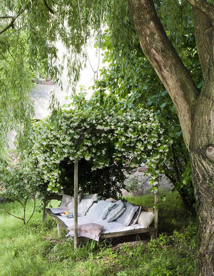 20 id es de coin zen dans votre jardin pour profiter du beau temps page 2 sur 4 des id es. Black Bedroom Furniture Sets. Home Design Ideas
