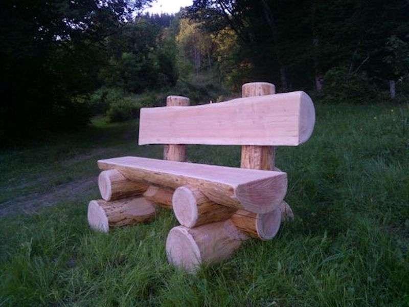 10 meubles et d corations de jardin faire avec des rondins des id es. Black Bedroom Furniture Sets. Home Design Ideas