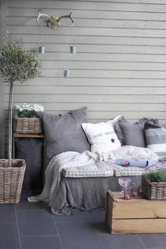 18 salons de jardin que vous pouvez fabriquer avec des - Que fabriquer avec des palettes ...