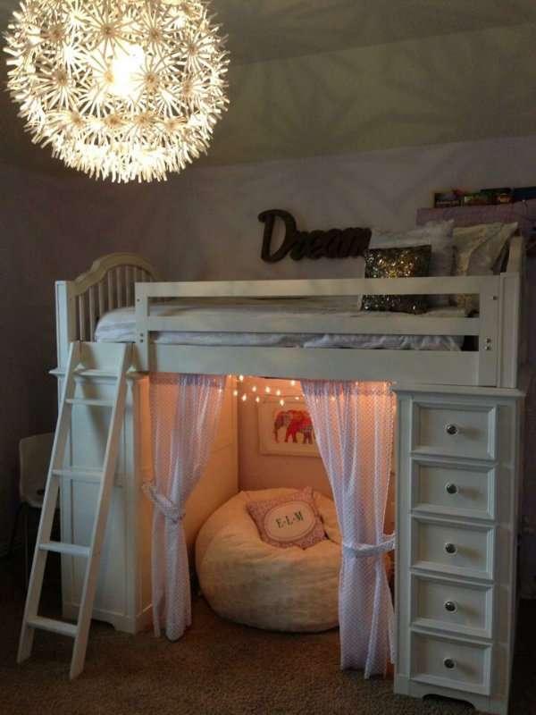 10 id es pour gagner de la place dans la chambre de votre enfant. Black Bedroom Furniture Sets. Home Design Ideas