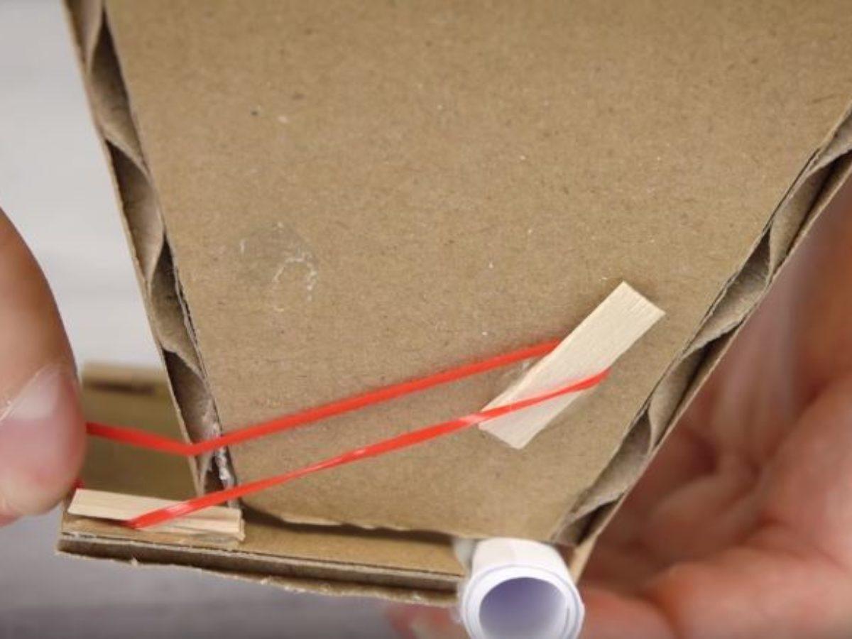 Fabriquer Un Dévidoir Papier Toilette avec seulement du carton, fabriquez un distributeur de