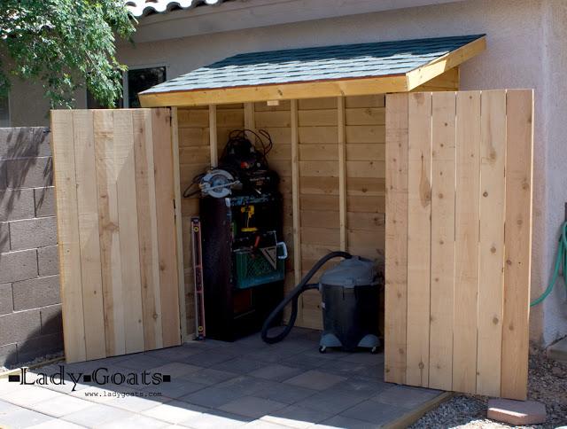 10 abris de jardin pour stocker votre bois ou vos outils de jardinage des id es. Black Bedroom Furniture Sets. Home Design Ideas