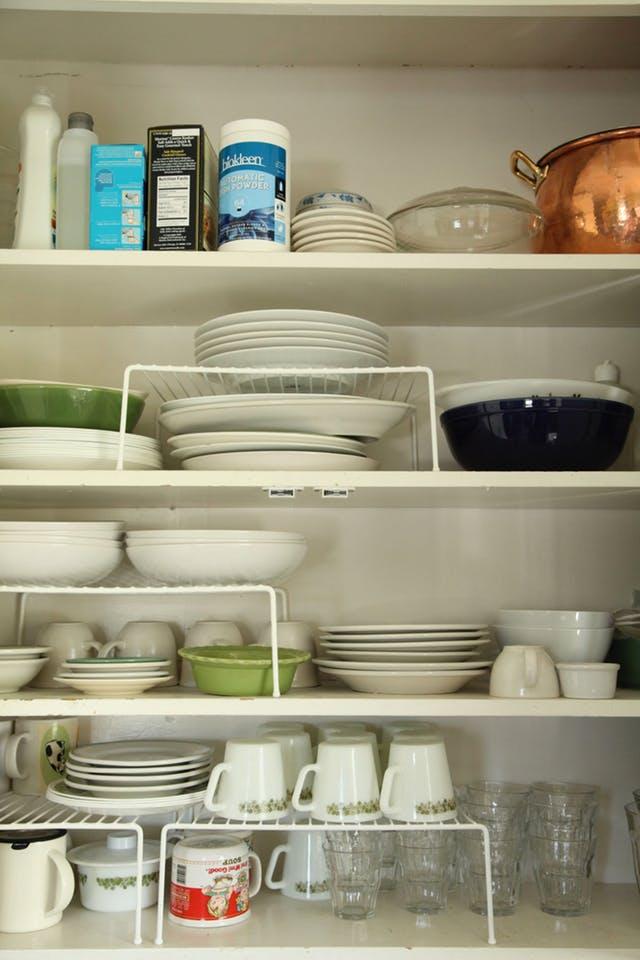 13 trucs et astuces pour mieux organiser et ranger votre cuisine - Astuce pour ranger sa cuisine ...