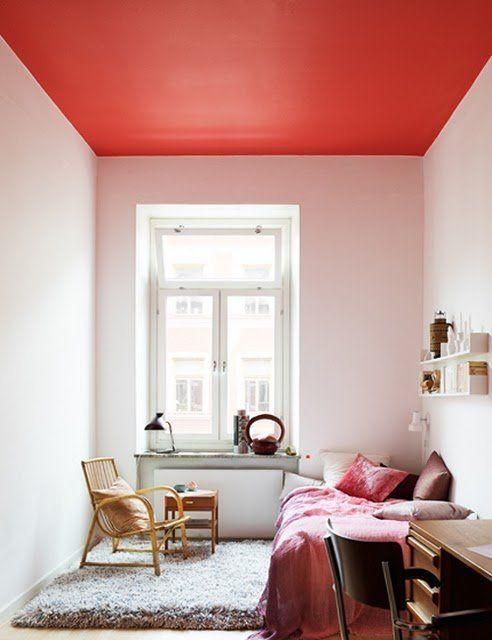 12 id es pour oser peindre un plafond en couleur. Black Bedroom Furniture Sets. Home Design Ideas