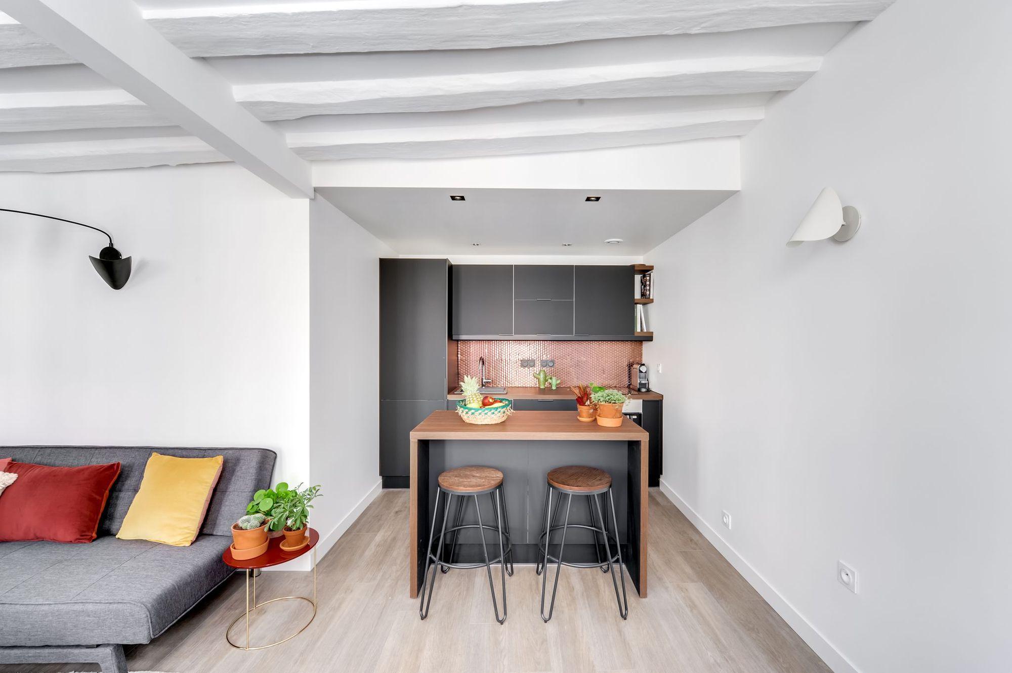 avant apr s la m tamorphose d 39 un 40 m2 dans les. Black Bedroom Furniture Sets. Home Design Ideas