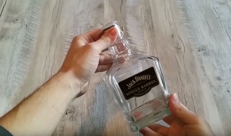 bouteille whisky lampe