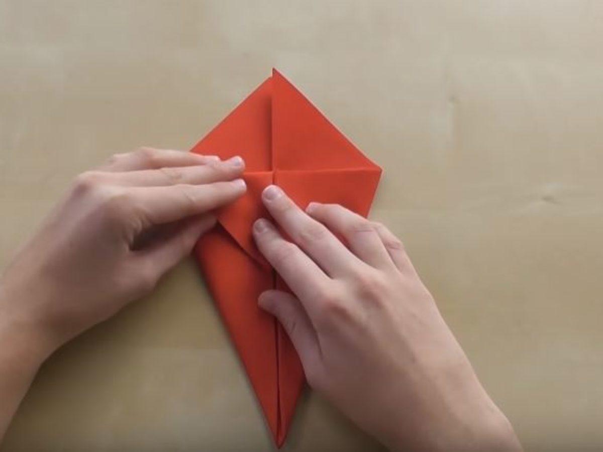 Pliage Serviette Papier Avec Couverts tuto : pliez vos serviettes en range-couverts