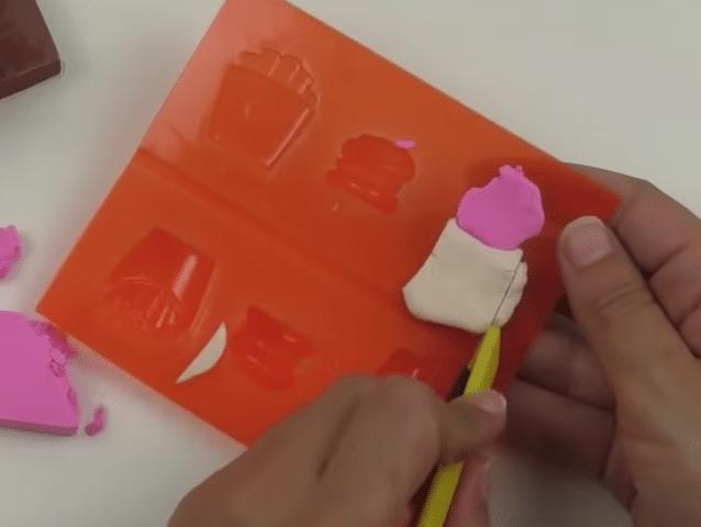 gomme colorée